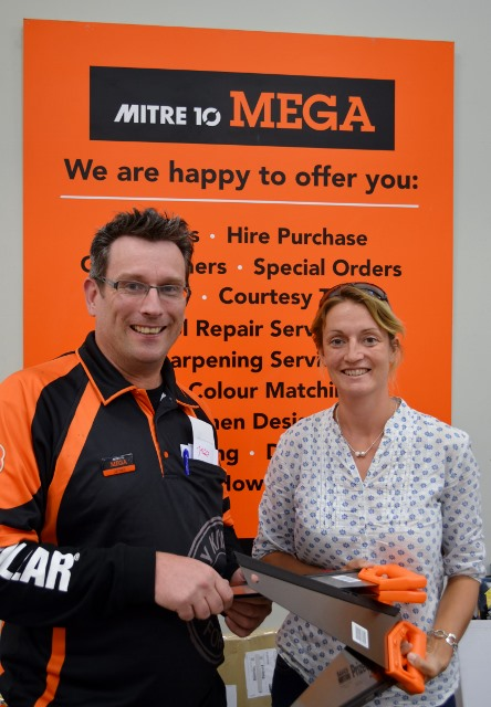 Thank you Mitre 10 Blenheim, New Zealand for supplying discounted tools for Vanuatu.